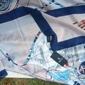 Jemný šátek
