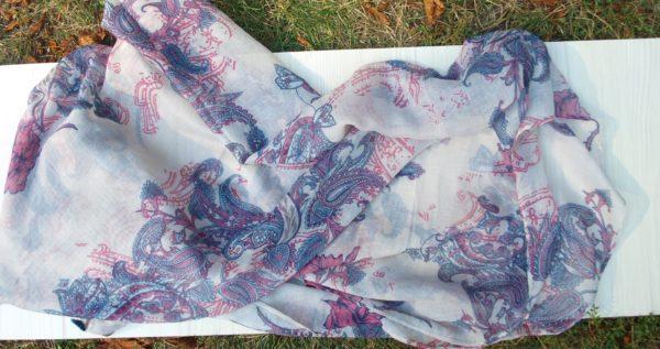 jemný šátek z Ománu