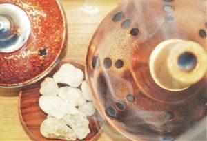 Kadidelnice, vykuřovací misky a pícky